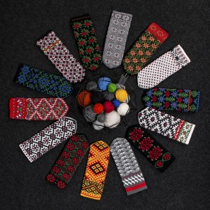 Knitted mittens, Latvian patterns 1