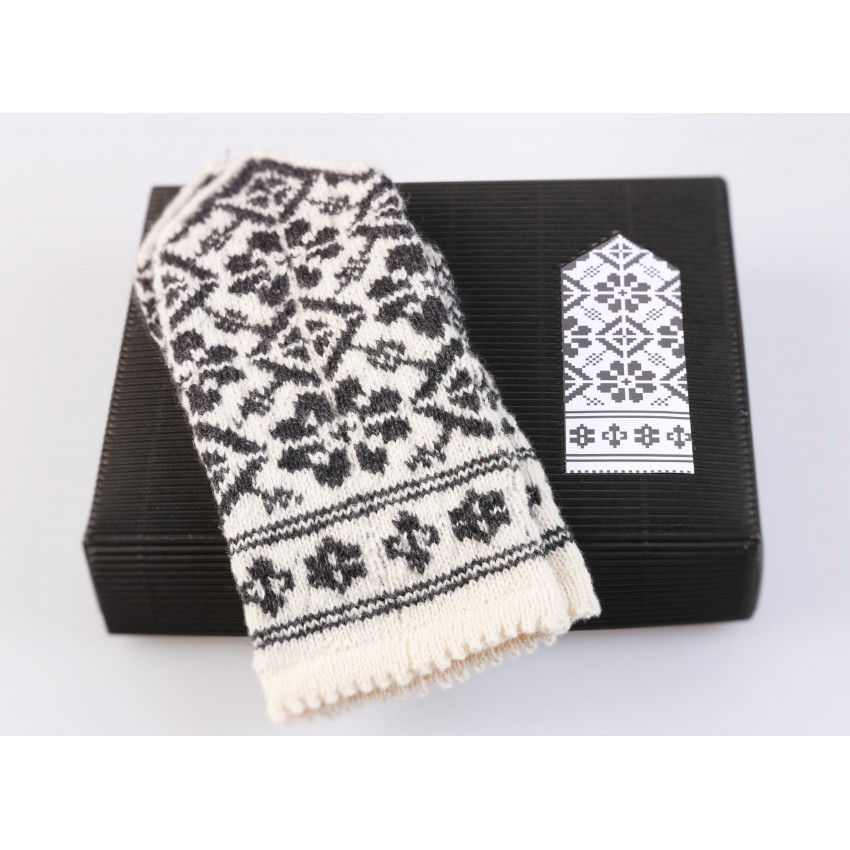 "Latvian Mittens DIY Knitting Kit ""Knit like a Latvian"" – Latvian Gray 10"