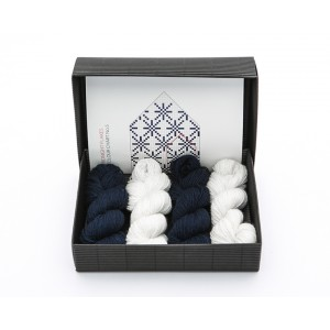 "Latvian Mittens DIY Knitting Kit ""Knit like a Latvian"" – Midnight Flakes 5"