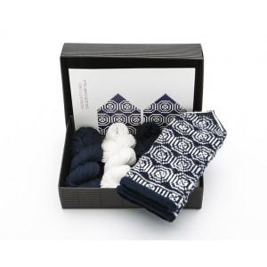 "Latvian Mittens DIY Knitting Kit ""Knit like a Latvian"" – Midnight Flakes 9"