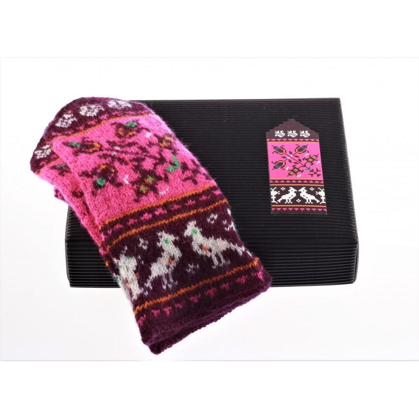 """Mittens DIY Knitting Kit """"Knit like a Muhu islander"""" - Muhu Inspiration 10"""