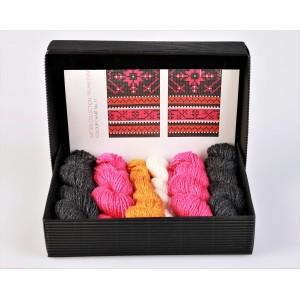 """Mittens DIY Knitting Kit """"Knit like a Muhu islander"""" - Muhu Inspiration 11"""