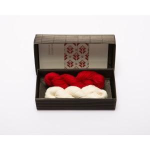 """Fingerless gloves DIY Knitting Kit """"Knit like a Latvian"""" – Springtime 3"""